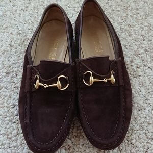 Vintage GUCCI BROWN Suede Loafers w/ horsebit